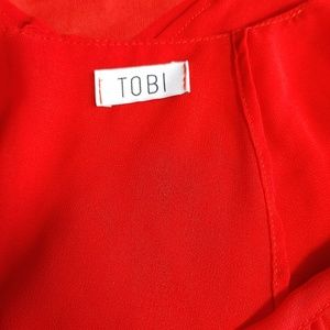 Tobi Tops - Cropped Flowy Tank Size Small